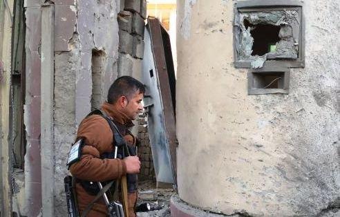 Aproximativ 300 de morţi şi 550 de răniţi în atacurile talibanilor în Afganistan