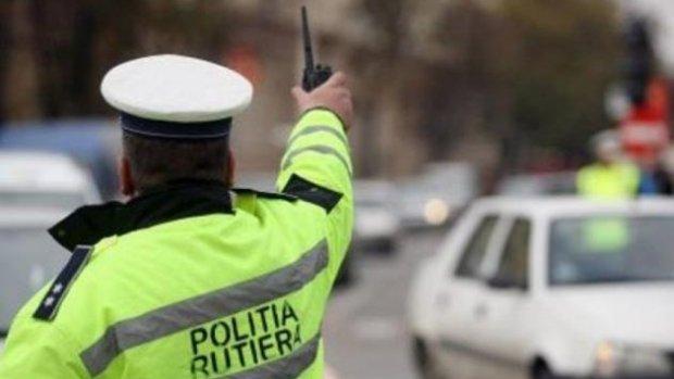 Șase polițiști, reținuți în dosarul permiselor auto. Vezi modul de operare folosit