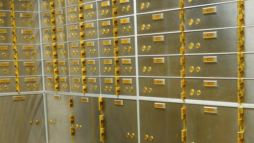Români pe lista unor conturi bancare elvețiene inactive de 60 de ani