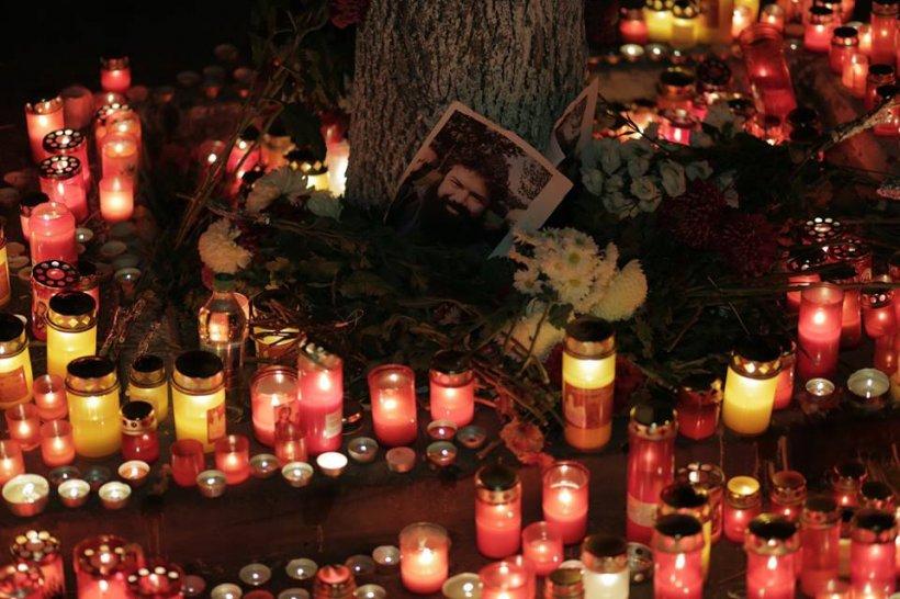 Sora unei victime din Colectiv, petiție adresată lui Dacian Cioloș