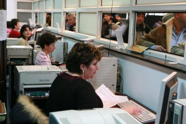 Decizie uluitoare luată de o primărie din România: reduce cu 50% taxele și impozitele