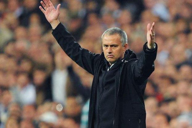 Jose Mourinho a fost dat afară de la Chelsea, la șapte luni după ce a luat titlul