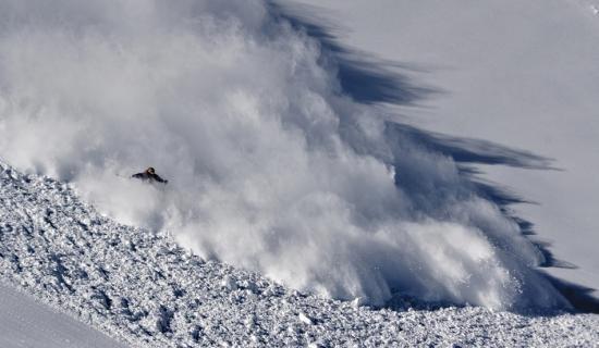 Risc de avalanşă în Făgăraș
