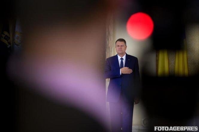 Klaus Iohannis și Mugur Isărescu, în fața lui Dacian Cioloș în topul încrederii în personalitățile publice