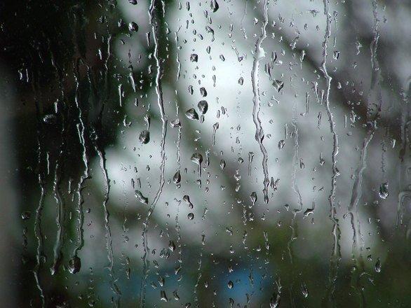 Nu uita umbrela acasă! Vremea continuă să fie instabilă