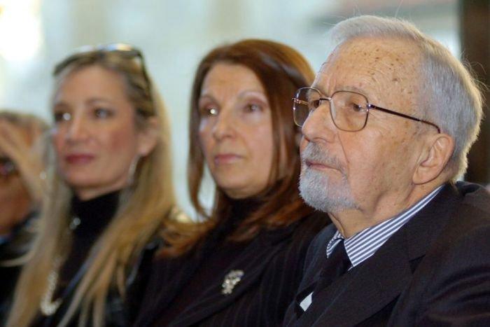 O româncă îl va moşteni pe Licio Gelli, marele mason care a condus Italia din umbră