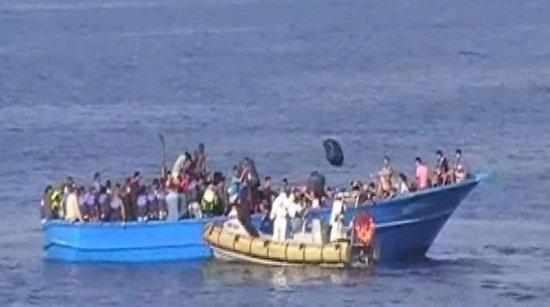 Amplă operaţiune de salvare în Marea Mediterana