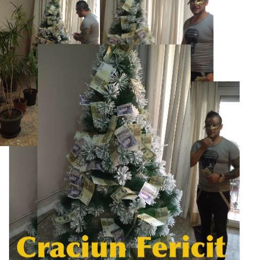 Aroganţă de Crăciun: Impresarul celui mai căutat român pe Google şi-a împodobit bradul cu valută