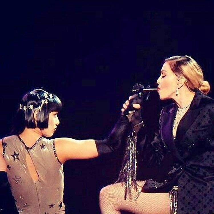 """Gestul prin care Madonna a stârnit furia celor din jur. """"Este o ipocrită!"""""""
