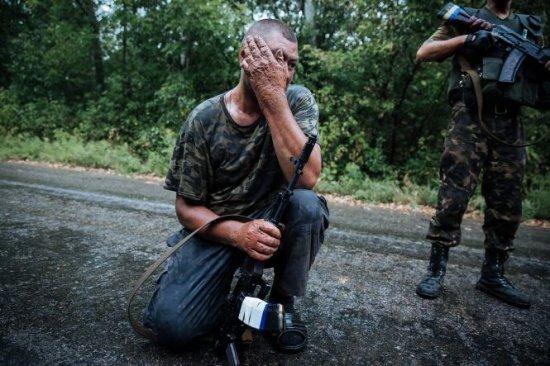 Pace doar pe hârtie! O femeie a fost ucisă în Ucraina. Este prima victima după încetarea focului