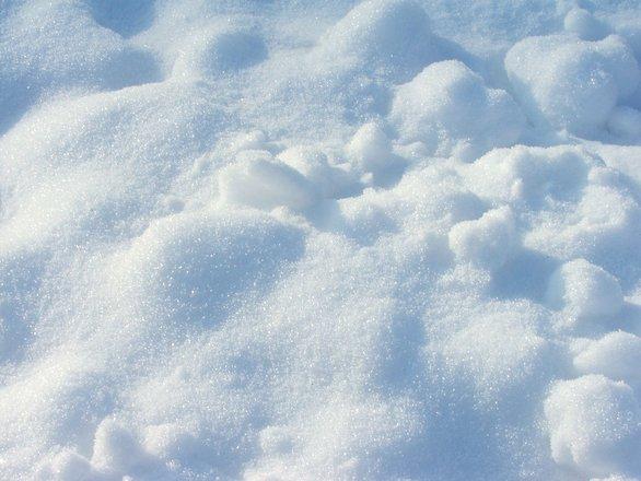 Vremea a luat-o razna. Cele mai abundente ninsori din ultima jumătate de secol