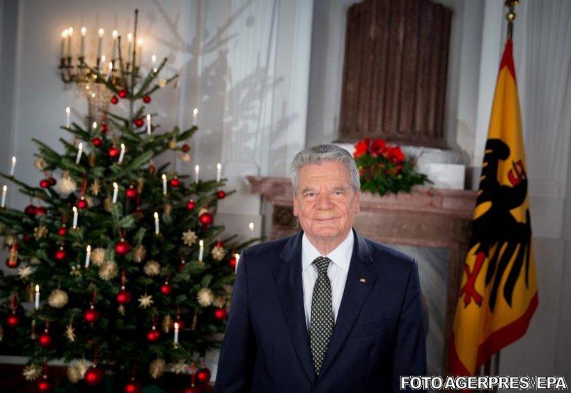 Gafa imensă făcută de preşedintele Germaniei în timpul discursului de Crăciun