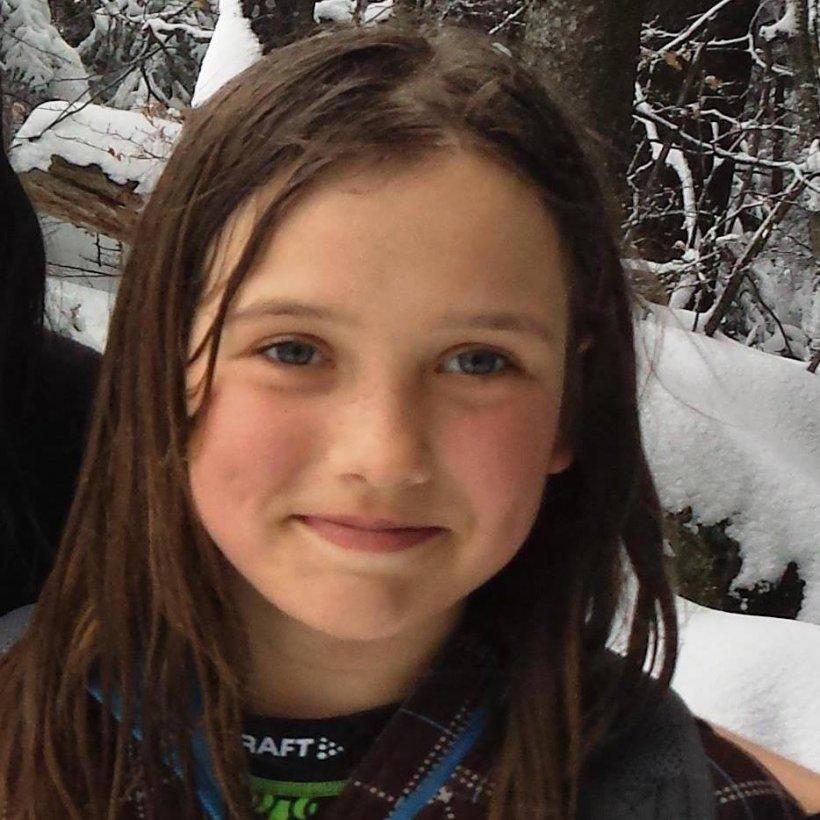 Are doar 12 ani şi a bătut record după record la alpinism. Cum este viaţa micii campioane Dor Geta Popescu