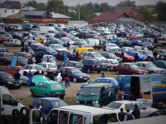 Cu cât s-au ieftinit maşinile second-hand în 2015