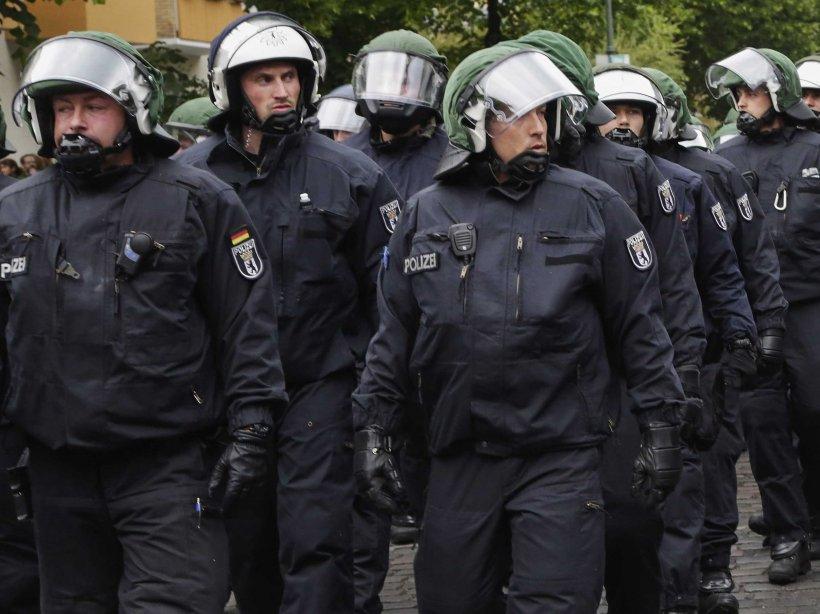 Teama de atentate teroriste îi face pe nemţi să se gândească la măsuri excepţionale