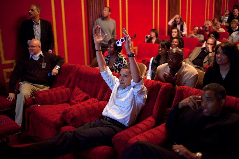 Apariție surprinzătoare în apropierea președintelui Obama