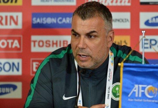 Cosmin Olăroiu, desemnat cel mai bun antrenor din Orientul Mijlociu, în 2015