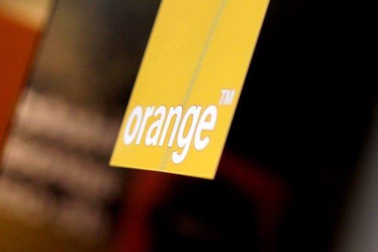 Grupul Orange va achiziționa un mare operator de telefonie mobilă