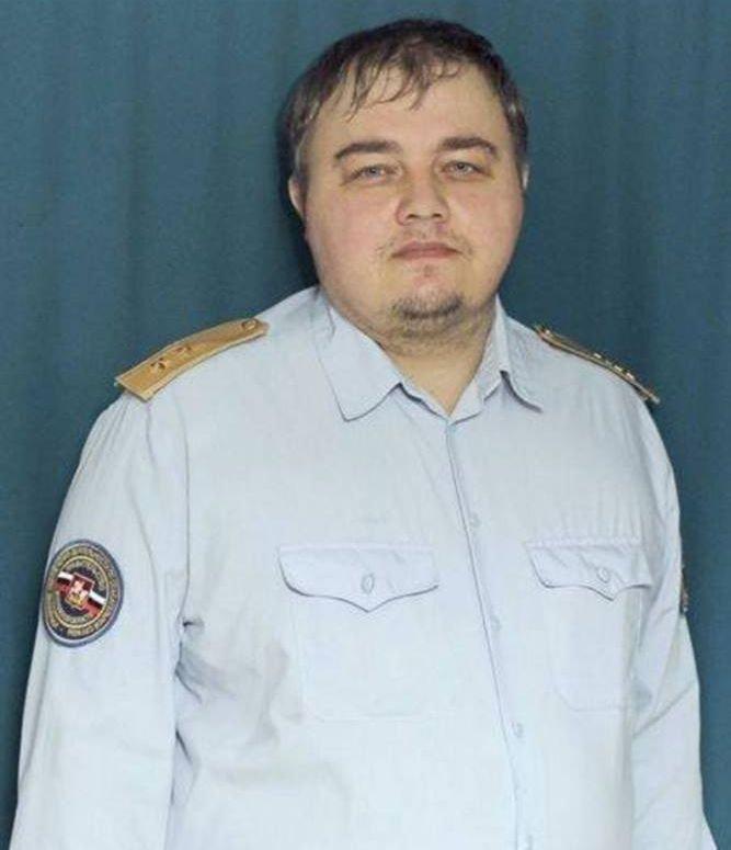 Un bărbat din Rusia a devenit viral pe internet. Cu cine seamănă