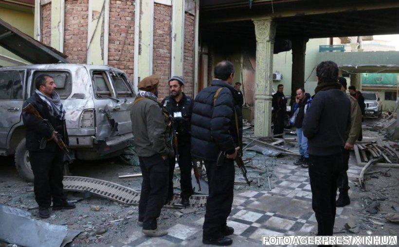 Atentat sinucigaș în Afganistan. Cel puțin 11 persoane au fost ucise