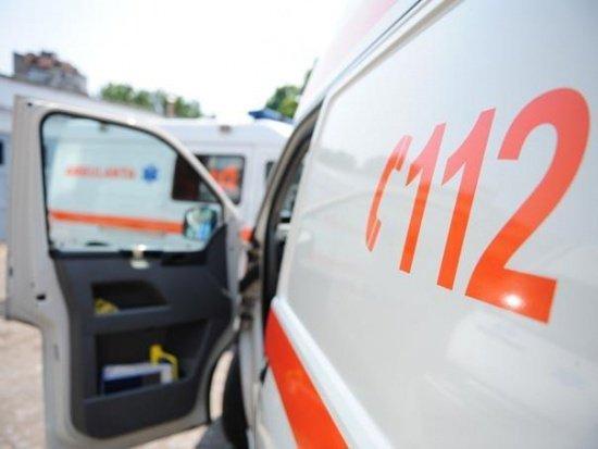 O fată de 3 ani şi jumătate a murit după ce a căzut în haznaua din curtea casei