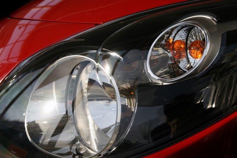 Renault cheamă în service 15.000 de maşini, pentru verificări la motor