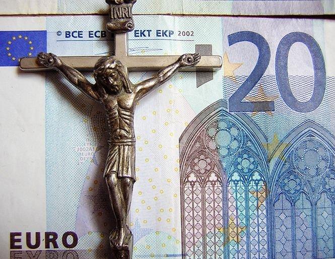 Biserica face angajări. Ce specialist vrea să angajeze Mitropolia Moldovei