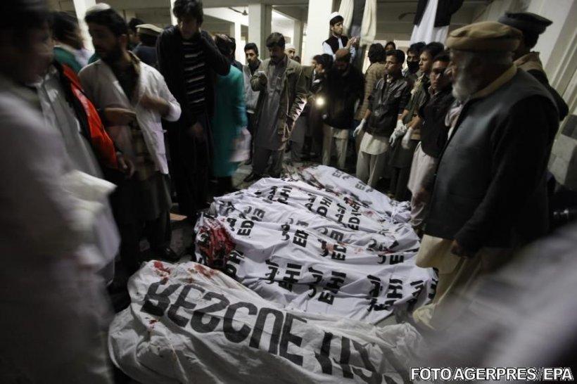 Atac armat la o universitate din Pakistan. Cel puțin 30 de morți în atacul revendicat de talibani