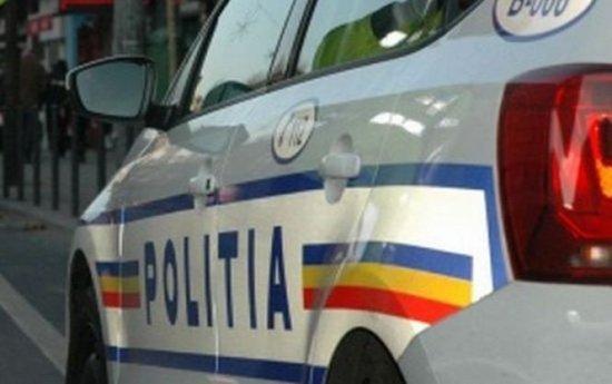 Polițist reținut de DNA pentru luare de mită și trafic de influență