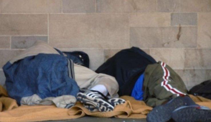 Număr record de oameni ai străzii salvați de la îngheț, în cea mai geroasă noapte