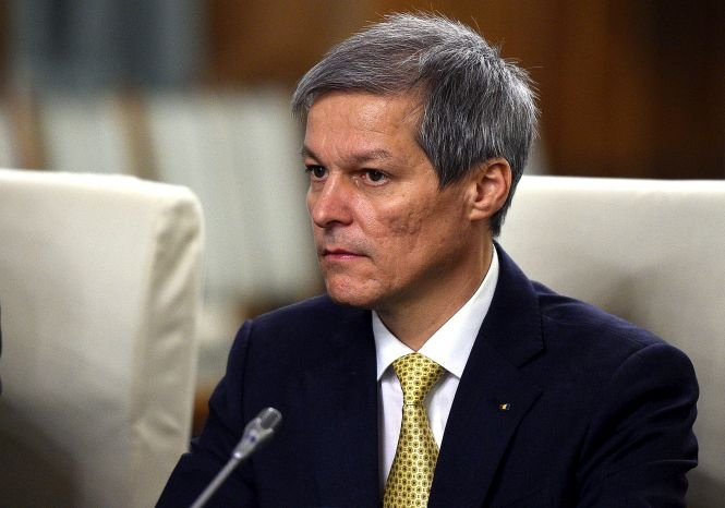 Premierul tehnocrat, atacat din nou de la vârful PNL