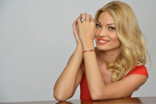 """Valentina Pelinel o dă în judecată pe Monica Tatoiu. """"Copilul meu nenăscut nu are nicio vină"""""""