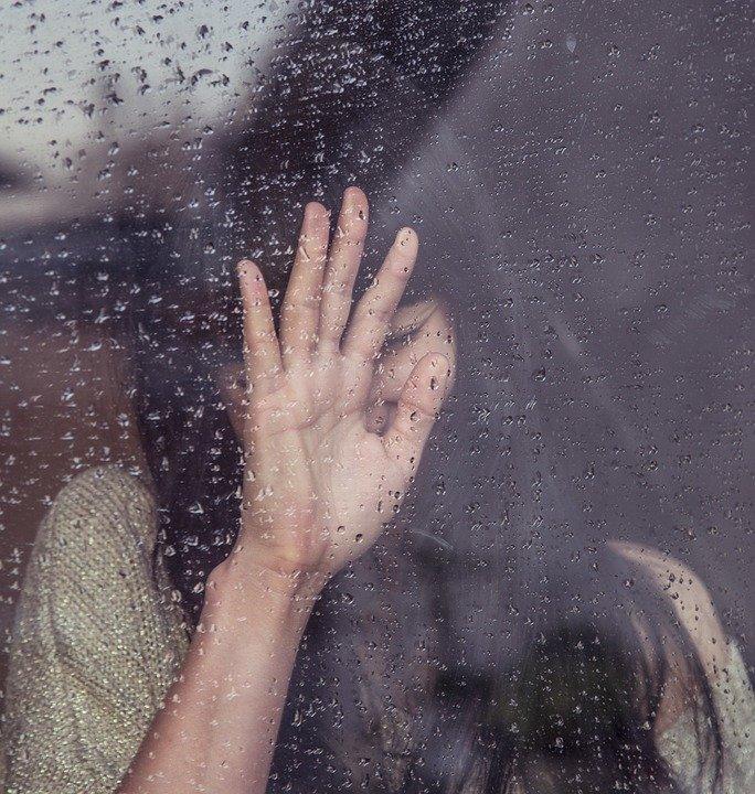 Caz şocant în Suedia! Medic acuzat că a răpit, violat și sechestrat o femeie într-un buncăr