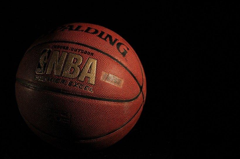 Acuzații de comportament violent la adresa unui baschetbalist care tocmai și-a anunțat retragerea din NBA