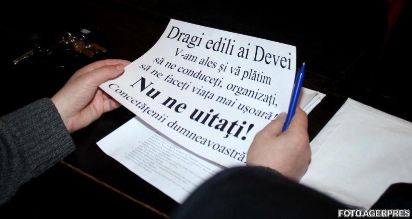 Protest spontan în Deva. Comercianții sunt nemulțumiți de impozitul pe clădiri