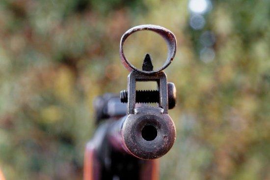 Româncă executată în stil mafiot. A fost împușcată în cap pentru o datorie de 500 de euro