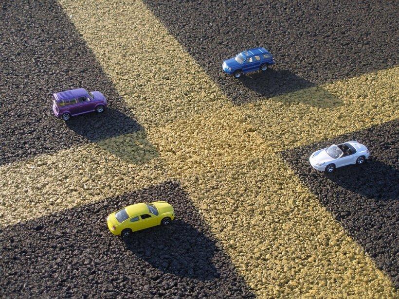 Ai loc de parcare în București? Află ce este declarația de impunere și ce riști dacă nu o depui