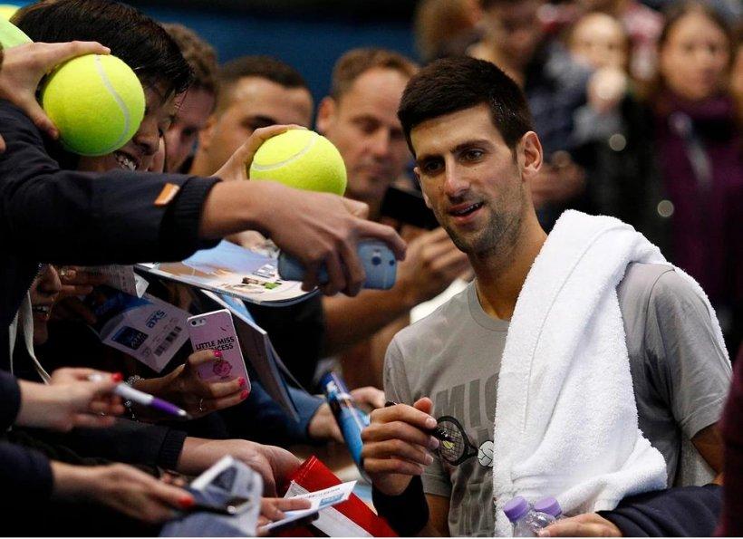 Novak Djokovic, în finală la Australian Open. Sârbul a trecut în semifinale de Roger Federer