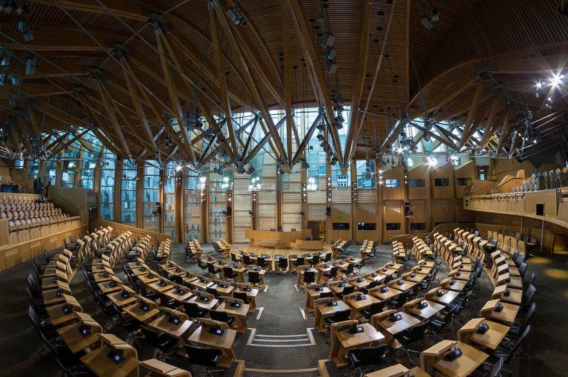 Parlamentul Scoției va dezbate legalizarea incestului. Cum s-a ajuns în această situație