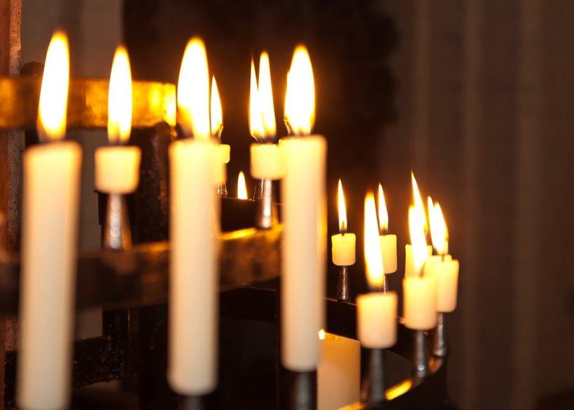 Un preot din Alba a fost suspendat după ce a recunoscut că a alungat strigoii și a exorcizat mai multe persoane