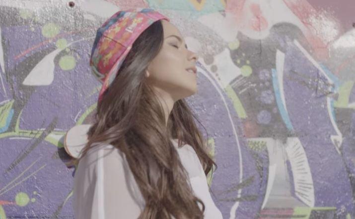 Inna a lansat, exclusiv online, un nou videoclip