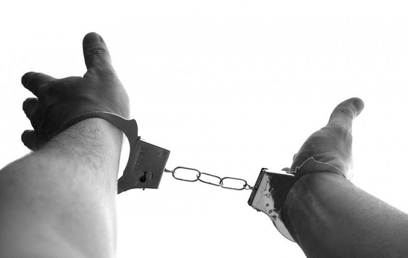 Infractor căutat în Statele Unite, prins de polițiștii bucureșteni