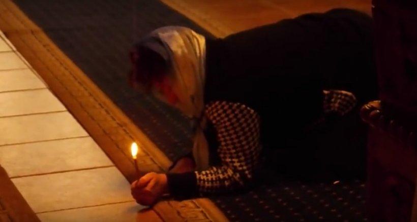 Cum se face și cum arată o exorcizare făcută într-o biserică din România. Imagini șocante. VIDEO