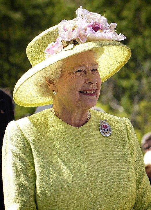 Regina Marii Britanii a refuzat să-l vadă pe Barack Obama