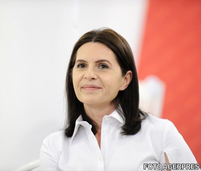 Adriana Săftoiu dă totul peste cap: Am acceptat să candidez