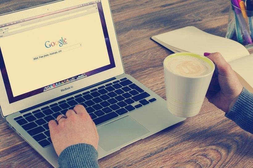 Instituţiile şi localurile din România ar putea fi obligate să ofere internet gratuit