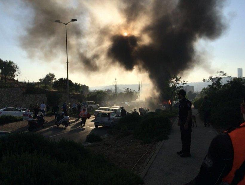 """Panică generală în Ierusalim, în urma exploziei unui autobuz. Cel puțin 20 de victime. Autoritățile vorbesc despre """"un atac terorist"""""""