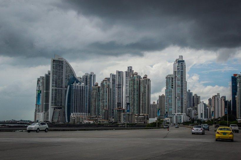 Paradisul fiscal dispare din Panama. Președintele Carlos Varela anunță schimbări majore în politica fiscală