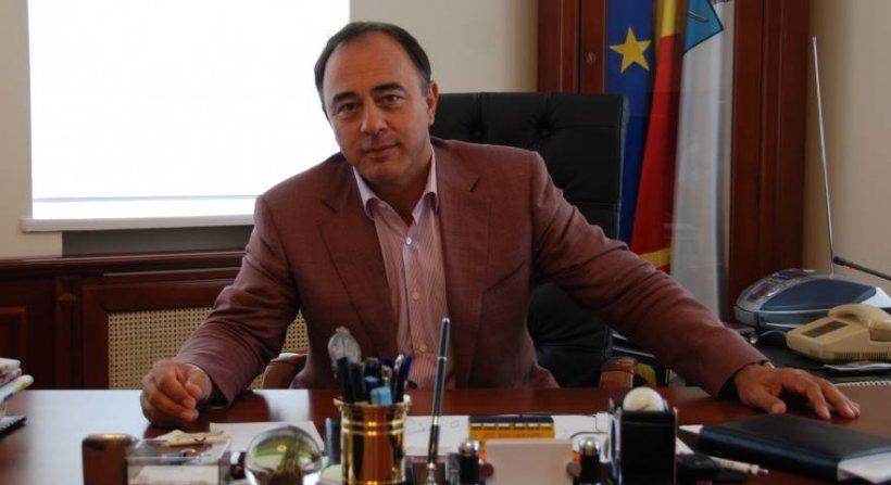 Primarul de la Târgu Mureş și-a anunțat candidatura pentru un nou mandat în ziua în care DNA a început urmărirea penală pe numele lui
