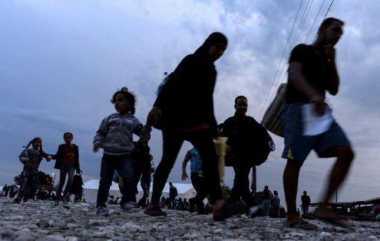 Primii refugiați ajunși în România, în dialog cu elevii unui liceu: E greu să ne întoarcem, putem fi omorâți